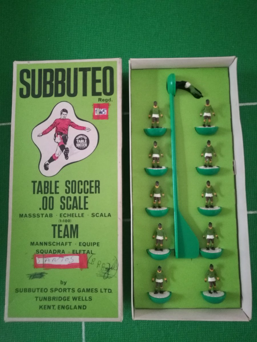 Why did Subbuteo get the Santos kit so wrong?