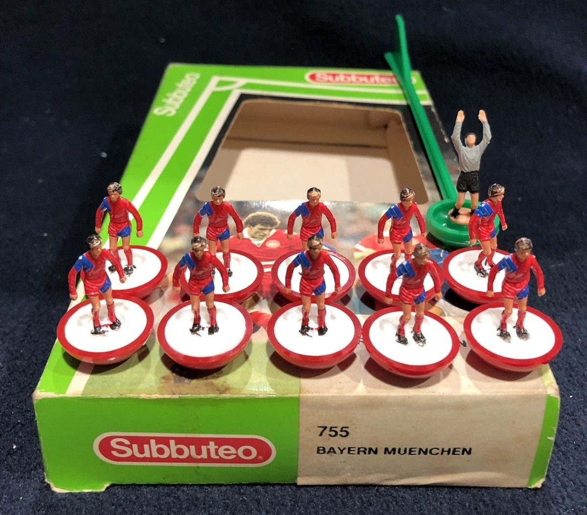 Nearly every Bayern Munich Subbuteo team is officially the wrong colour – this is why