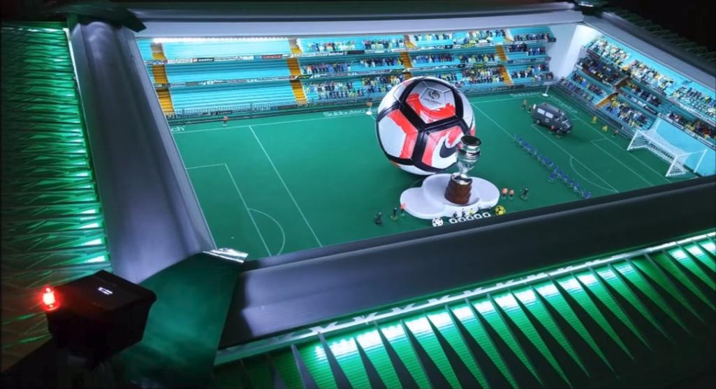 This spectacular Subbuteo stadium has an automatic closing roof