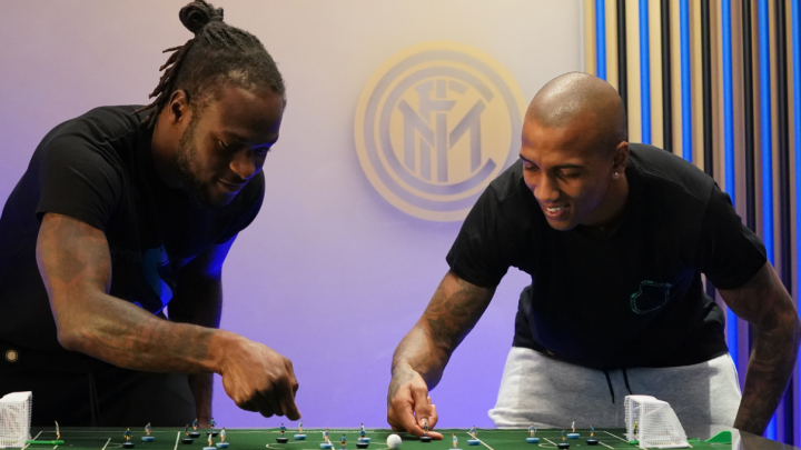 Ashley Young is terrible at Subbuteo and here is the proof